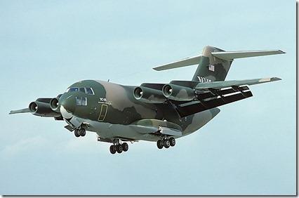 640px-McDonnell_Douglas_YC-15A