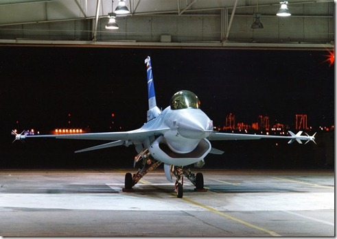 F-16 Fighting Falcon Fighter Jet With Diverterless Supersonic Inlet  (DSI) (2)