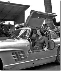 Sophia Loren Mercedes 300 SL Gullwing 07