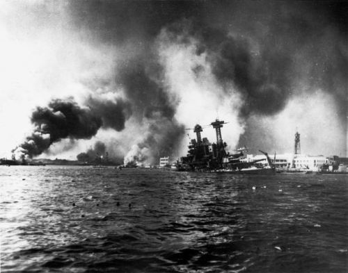 1024px-USS_California_sinking-Pearl_Harbor