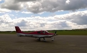 Cirrus arrives on a beautiful day, a little crosswind, but otherwise perfect.