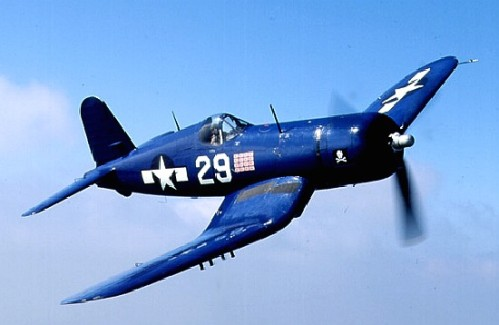 F4U vs P-51