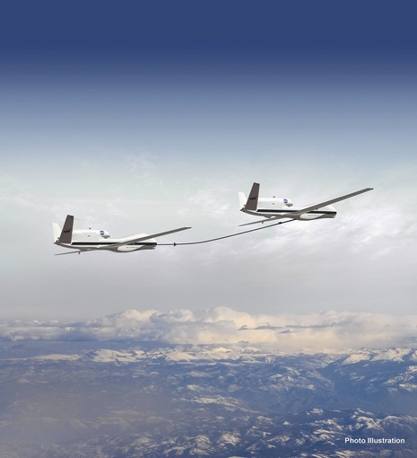 Tandem NASA Global Hawk Refuel